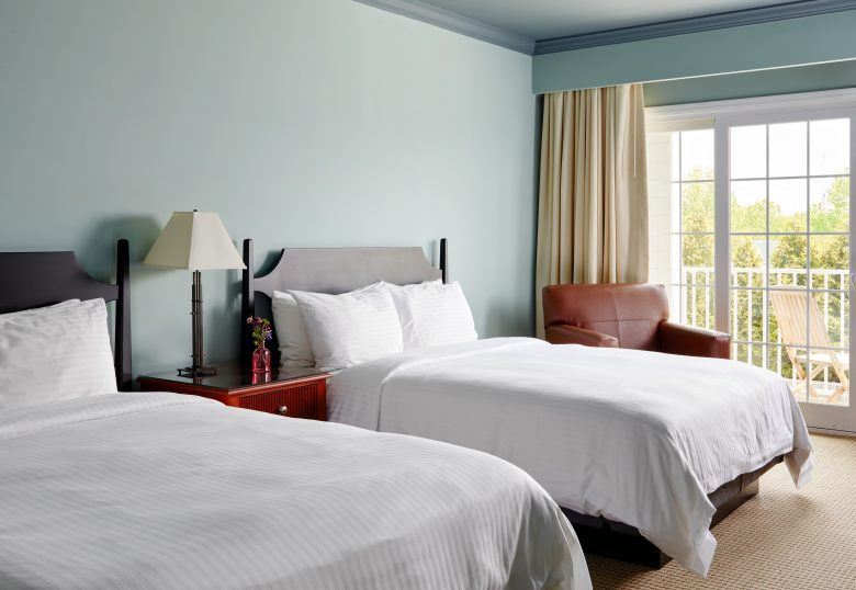 Double bed suite with open window